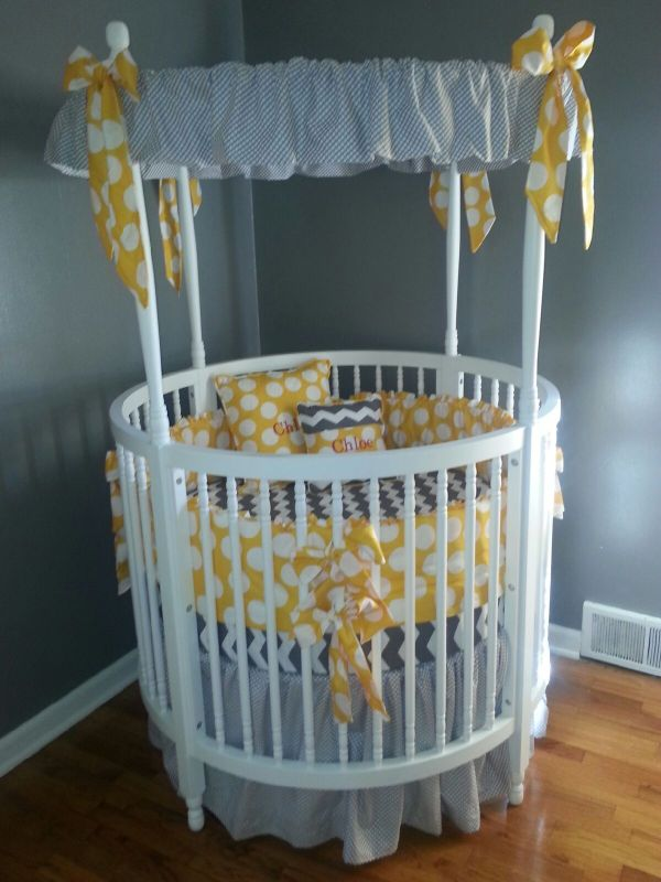 Modern White Baby Crib With Amazing Gray Themed Canopy Accessories Circle