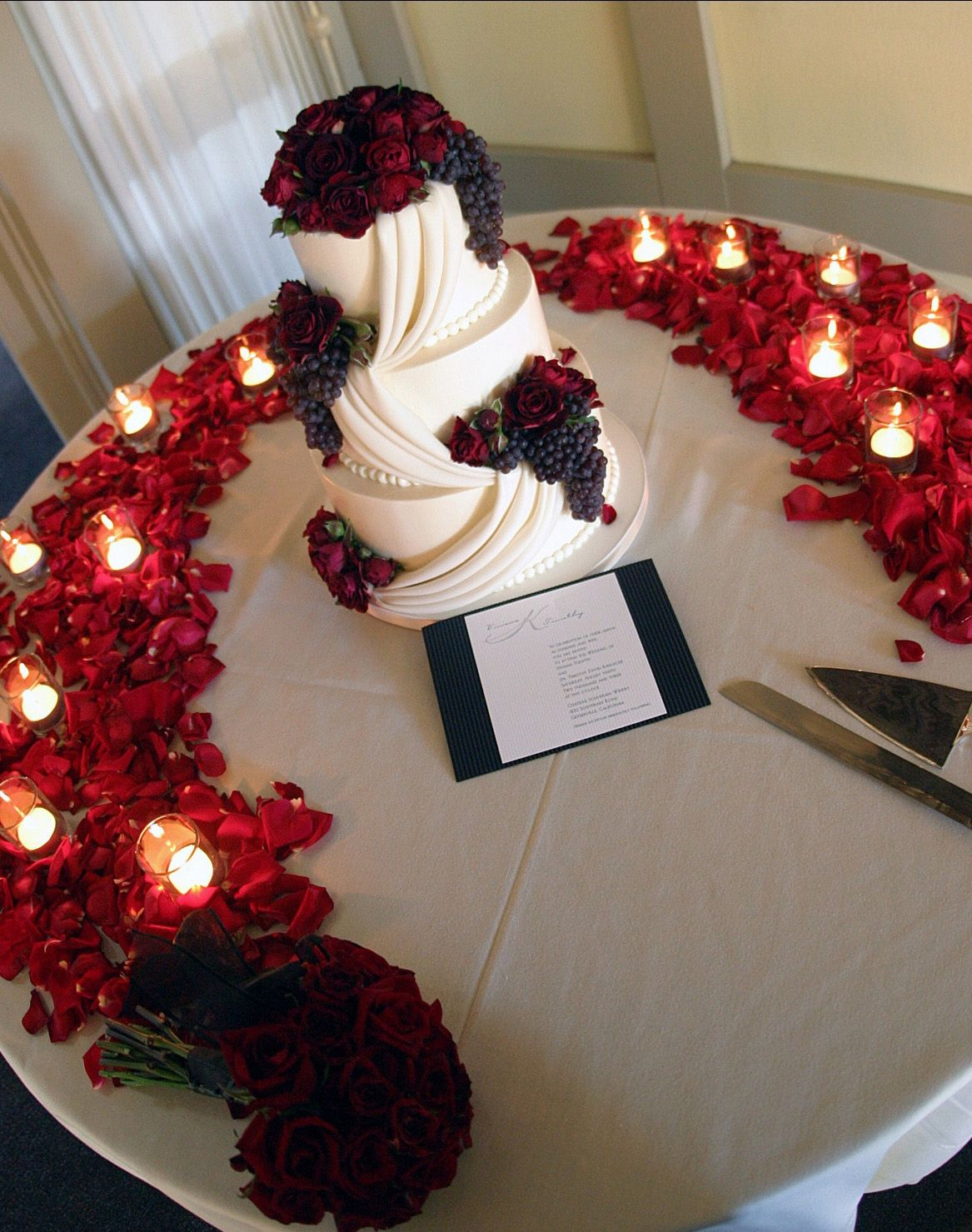 Red Roses Wedding Reception
