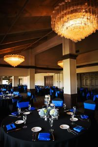 Traditional Wedding Reception Dcor with Black Tablecloths ...