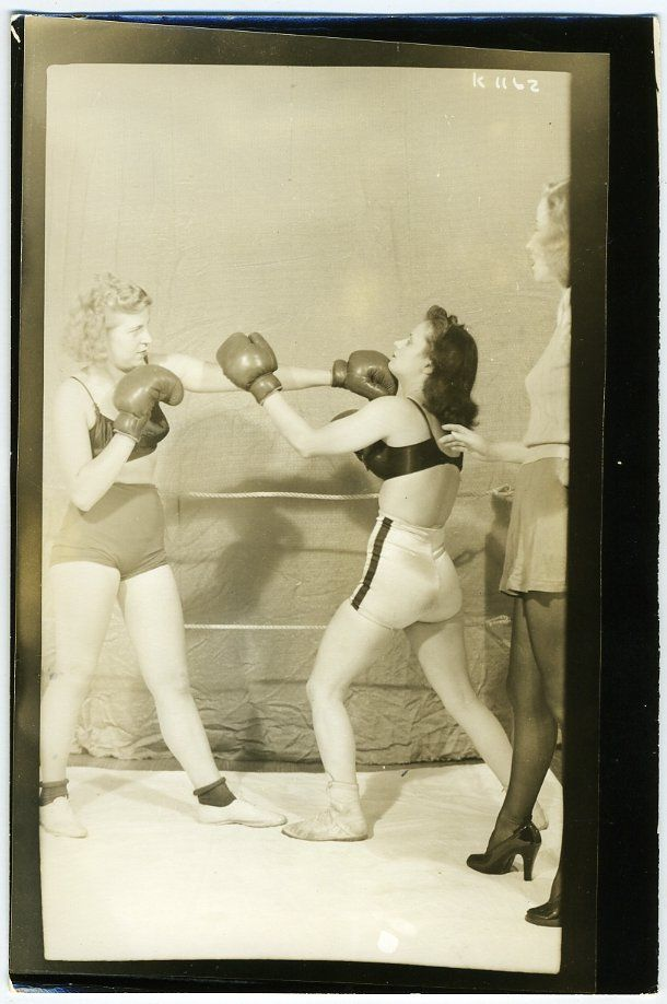 Mixed Girl Quotes Wallpaper Vintage Women Boxing Girl 1940 S Photo Risque Pin Up