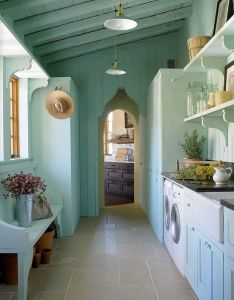 Laundry mud room at southern living idea house in horseshoe bay tx also one floor nice detaiing via turningpoint rh pinterest
