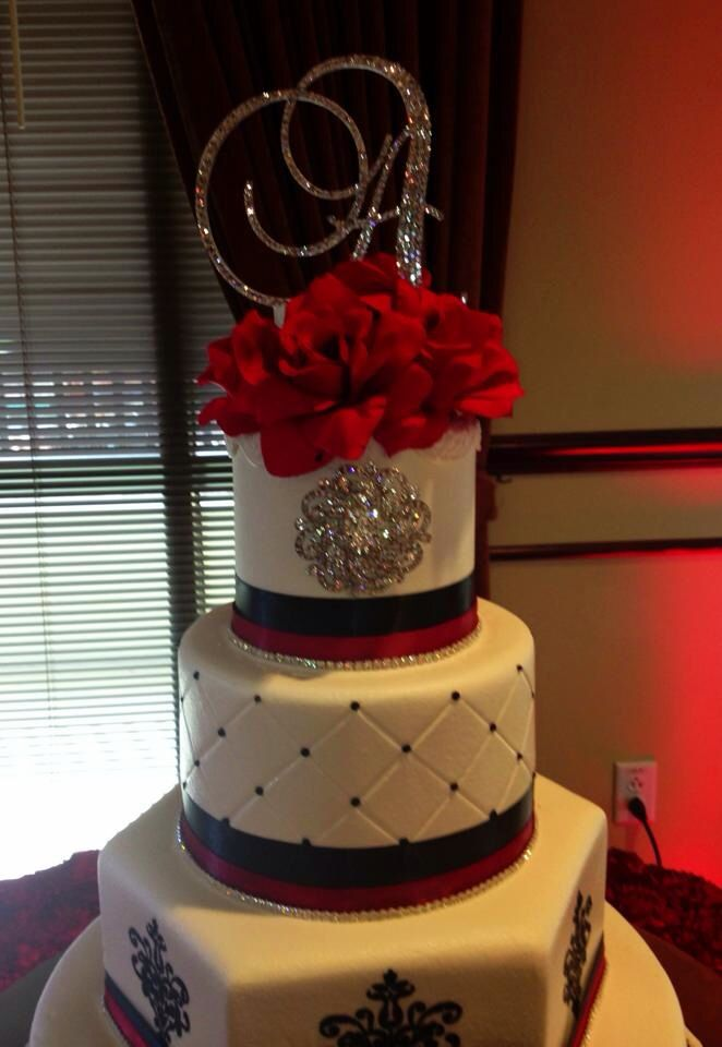 Black White With Red Sweet 15 Birthday Cake B Day Cakes