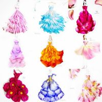 These stylish dresses are made out of flowers. | Stylish ...