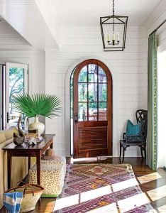 How to create an entryway when your home doesn   have one modernpoolhall also rh za pinterest