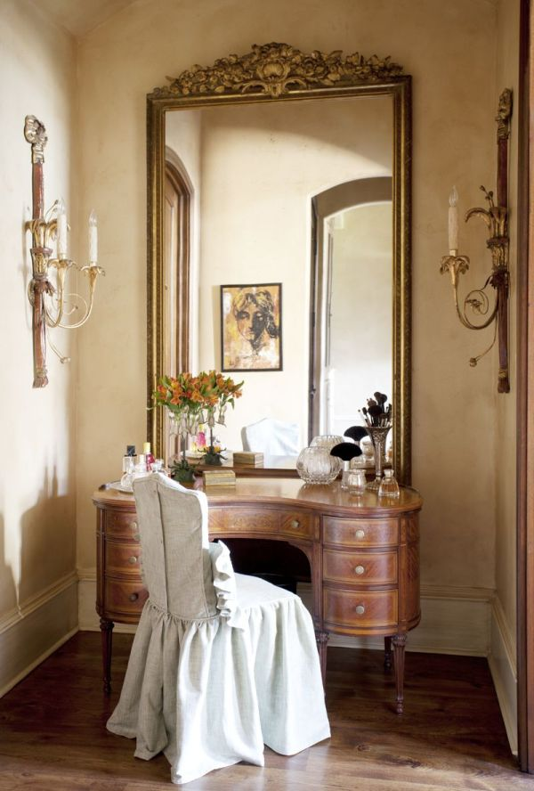 ' Live Dressing Tables Vanities And Wall Mounted Mirror