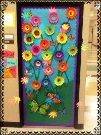 3-D flower door decoration idea ... spring/summer flower ...
