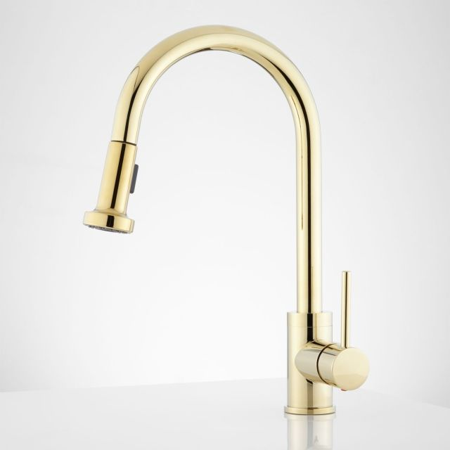 Bainbridge Single Hole Pull Down Kitchen Faucet with Contemporary
