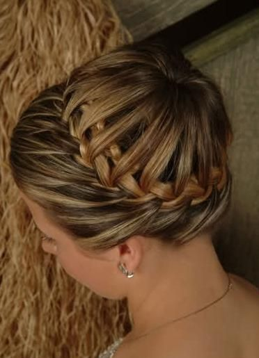 A Creative Stylish Bun With French Braids This Bun Hairstyle For