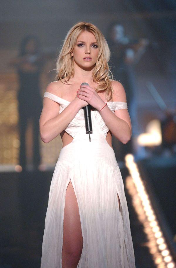 Britney Spears - Beautiful. Jean And Jamie Lynn