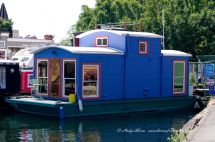 Small Houseboats Lake Union House Boat With Table