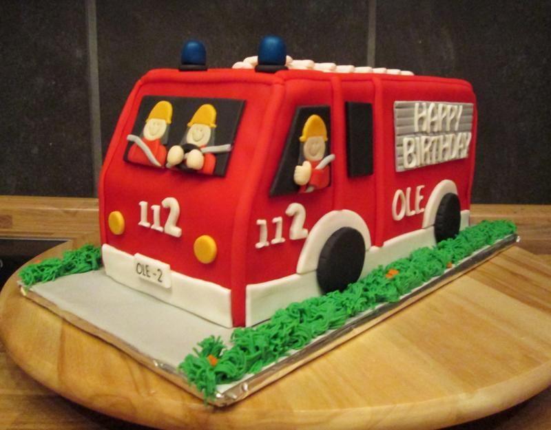 Die besten 25 Feuerwehr kuchen Ideen auf Pinterest  Feuerwehrmann kuchen Feuerwehr torte und