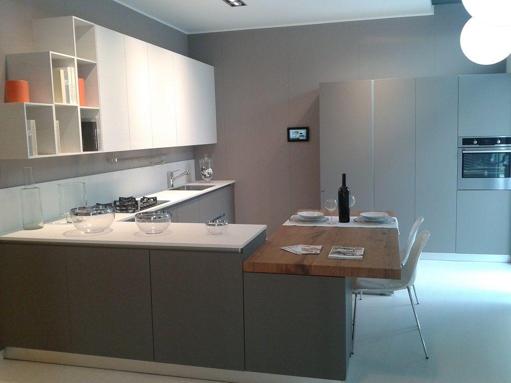 great cucina scavolini nuova prezzo outlet esposta in negozioin fenix grigio scuro e bianca with cucine varenna prezzi