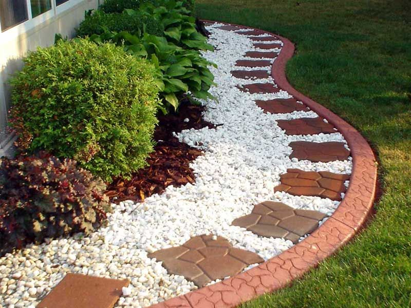 Stone Garden Edging With Creative Outdoor Landscape Design