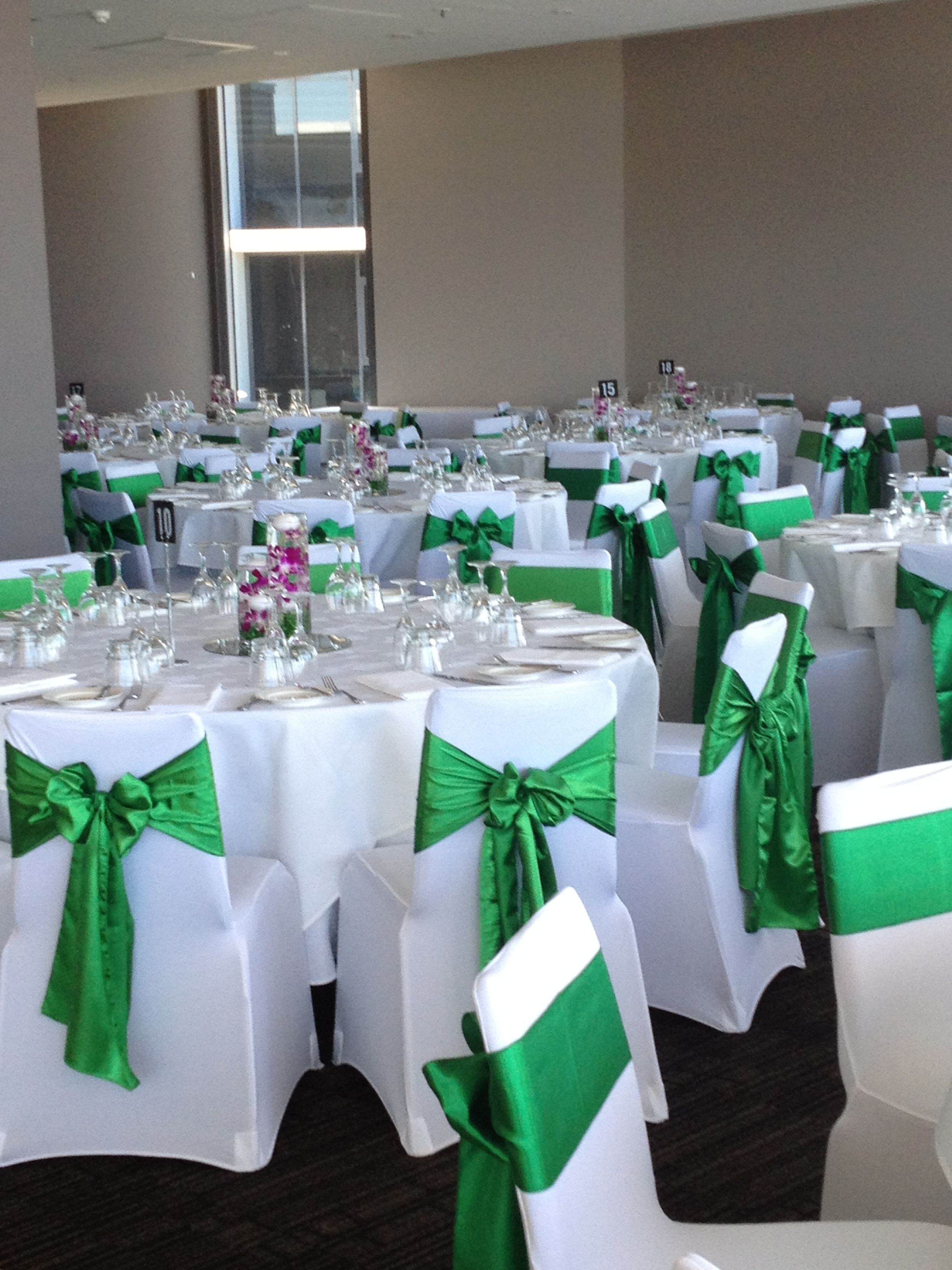 Green Chair Covers White Lycra Chair Covers With Emerald Green Satin Sashes