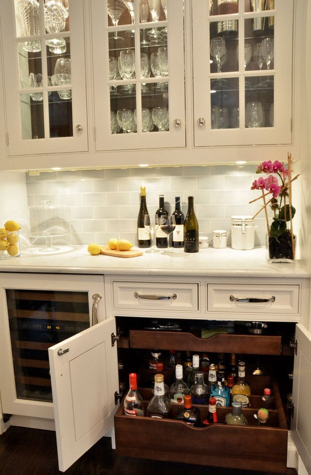 Best 25 Wet bar cabinets ideas on Pinterest  Built in