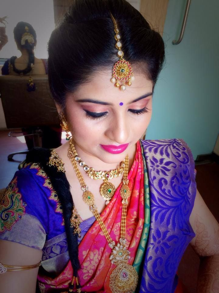 Traditional Southern Indian Bride Wearing Bridal Hair Saree And