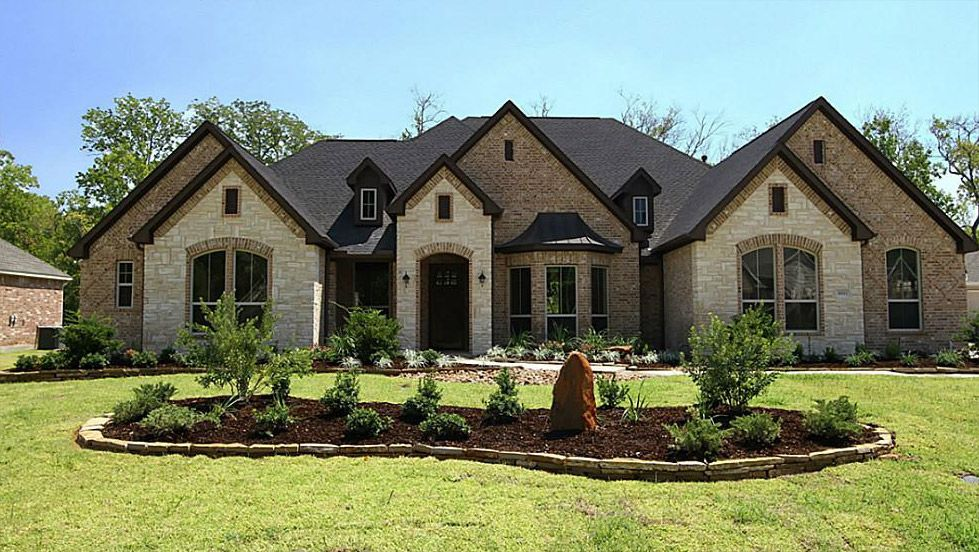 Best 25 Brick House Exteriors Ideas On Pinterest Brick House