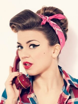 50s Hairstyles Short Pin Up Hairstyles Find Inspiration In