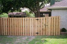 Staggered Slats Dog Fence Ideas Fences