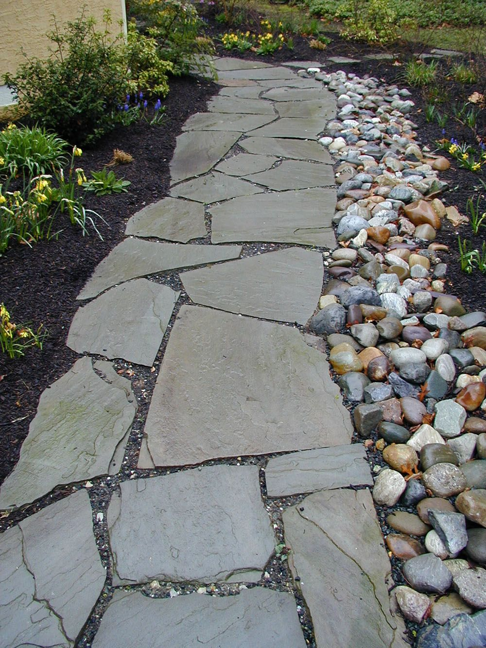 Garden Decorating Ideas With Stones Gardens Backyards And Walkways