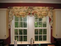 Valance idea for over the kitchen sink | Window treatments ...