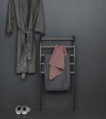 Dansani Mobile Towel Rack In Bathroom Put