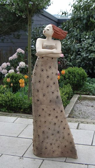 Milva Garten Kunst Figur Von Margit Hohenberger Töpfern