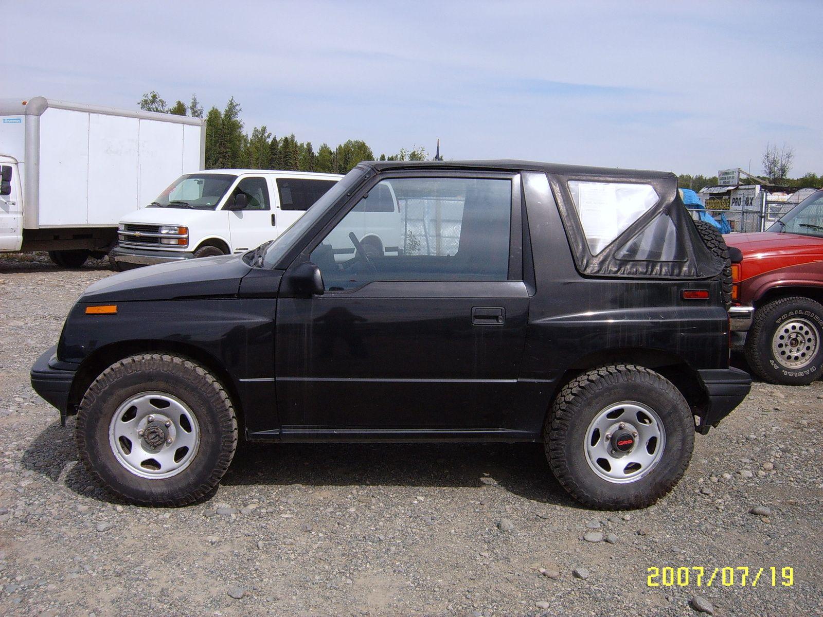 1996 Geo Tracker 4 Dr STD 4WD SUV Geo Pinterest