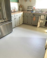 Painted Linoleum Floors!