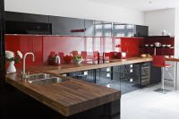 Black & red high gloss lacquer cupboards | Red kitchens ...