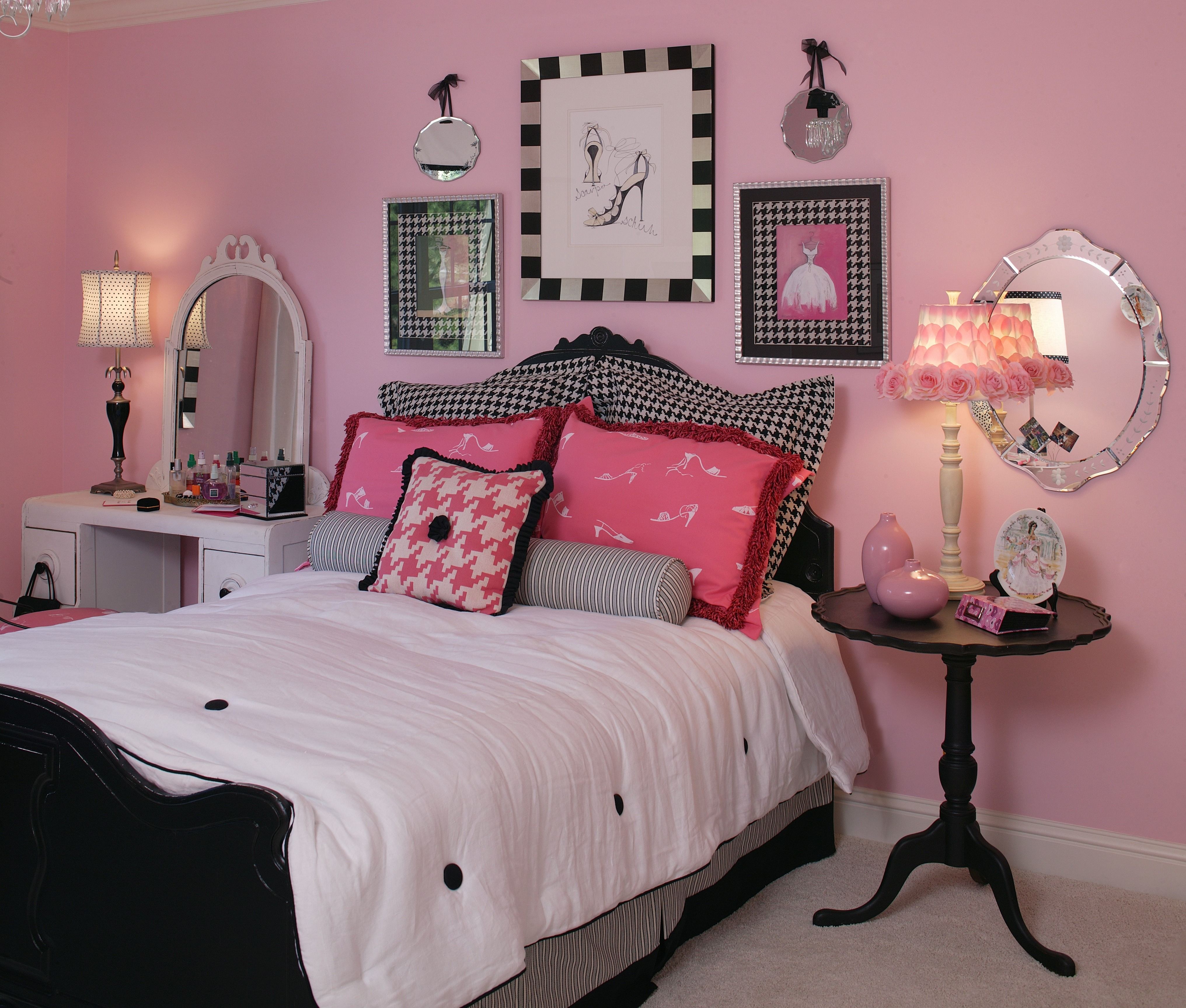 What 12-year-old girl would not like to have this bedroom ...