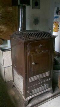 very old coal stoves | antique wood coal estate heatrola ...