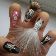 weird dazzling summer nail art