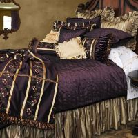 Look at this bedding! It's majestic or maybe over-the-top ...