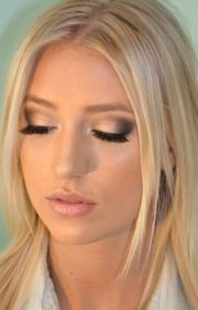 makeup blondes with blue eyes