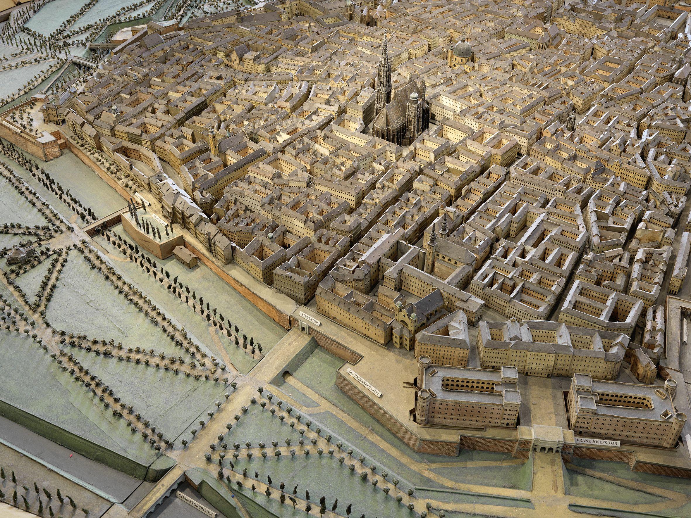 Modell der Wiener Innenstadt Herstellung Eduard Fischer 185254 Holz Papier und Karton