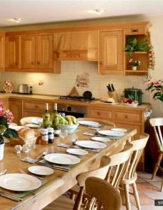 Country type kitchen patterns gallery http smallroomdesigns also rh pinterest