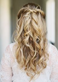 40 Stunning Half Up Half Down Wedding Hairstyles with ...