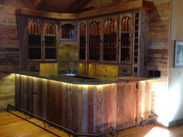 Old Wooden Bar - Home Design Ideas