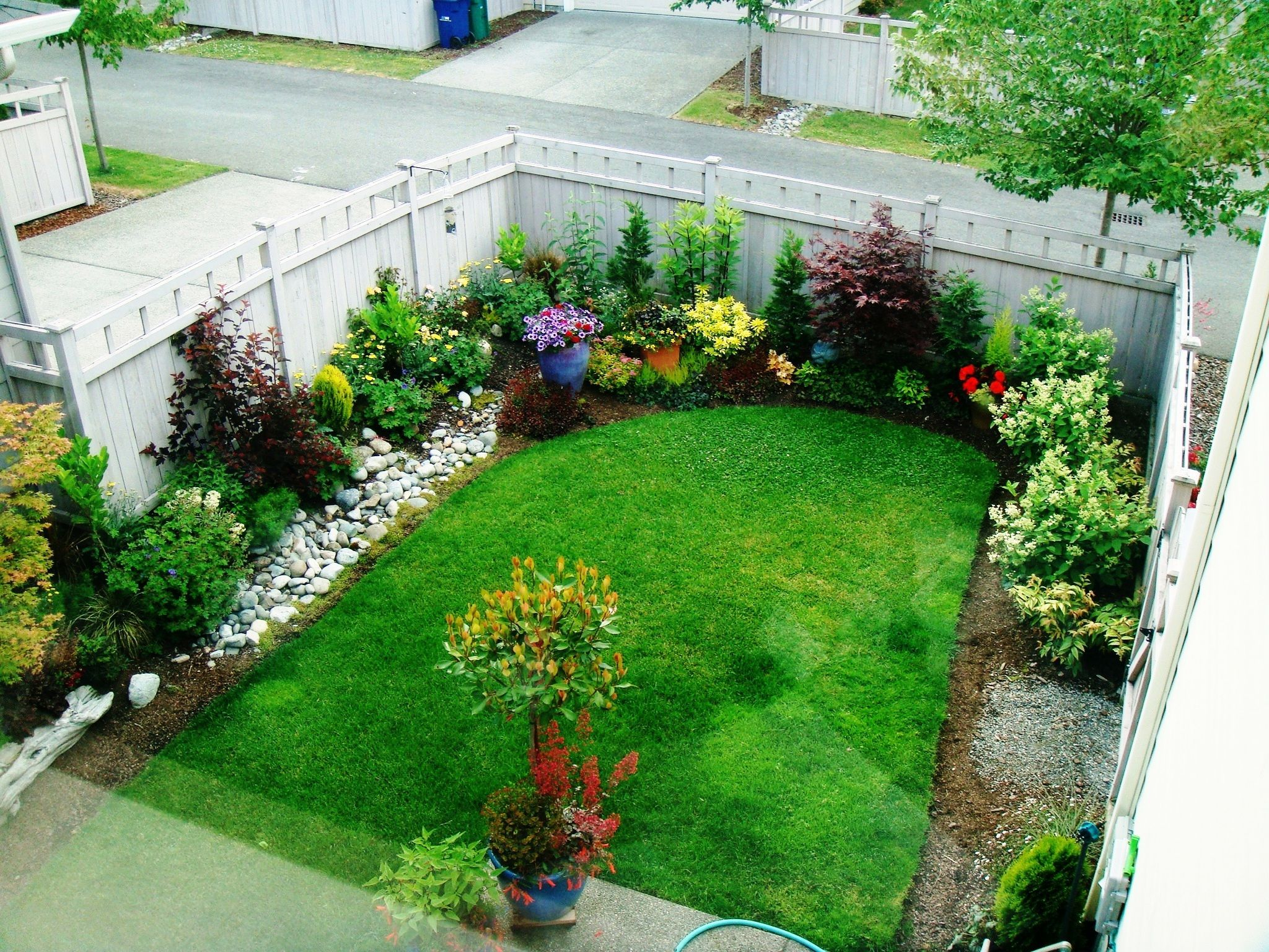 Is Your Yard Or Garden Small On Space? Get Big Tips And Ideas On