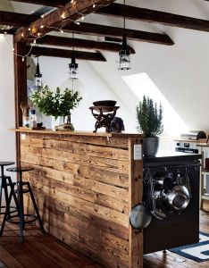 Brut et scandinave planete deco  homes world fairy lights wood and beams also rh pinterest
