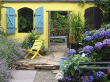 Italian Courtyard Garden Design