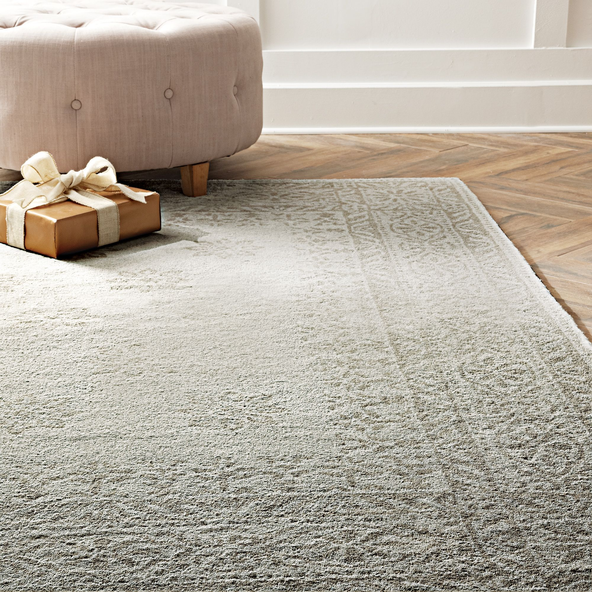Keep Your Home Cozy By Covering Hardwoods With A New Rug