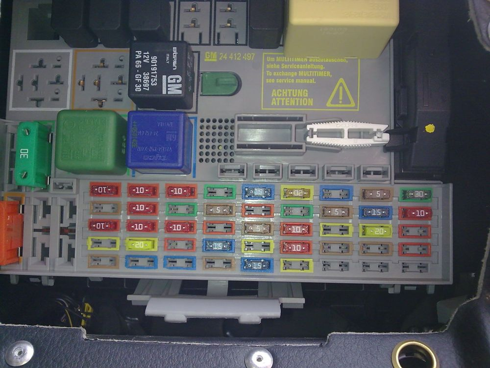 medium resolution of vauxhall zafira 2002 fuse box diagram 37 wiring diagram fuse box opel astra 2006
