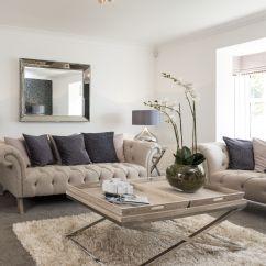 Light Grey Sofa With Dark Carpet Outdoor Wicker Brisbane Interior Stylist Suzanne Webster Chose A Classic Cream
