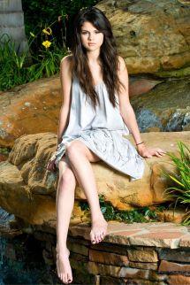 Dkny 2008 43 Selena