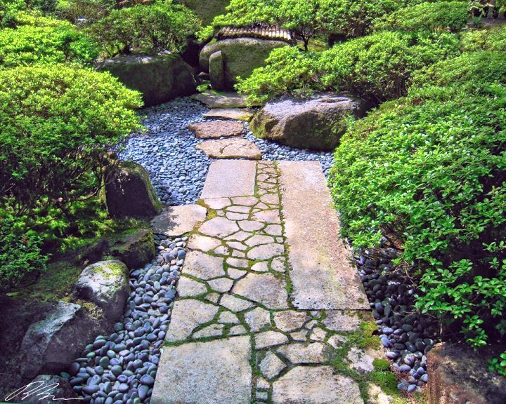 Small Japanese Garden Design Ideas With Stone Walkway Walkways