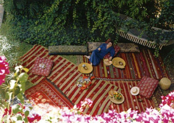 Steal This Idea! Moroccan Garden Party Dining Alfresco