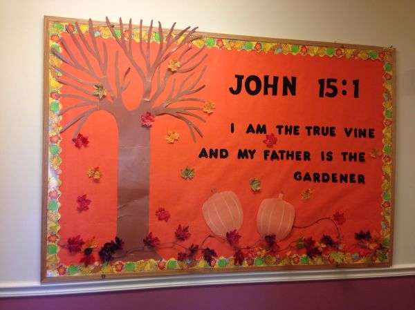 Fall Sunday School Bulletin Board