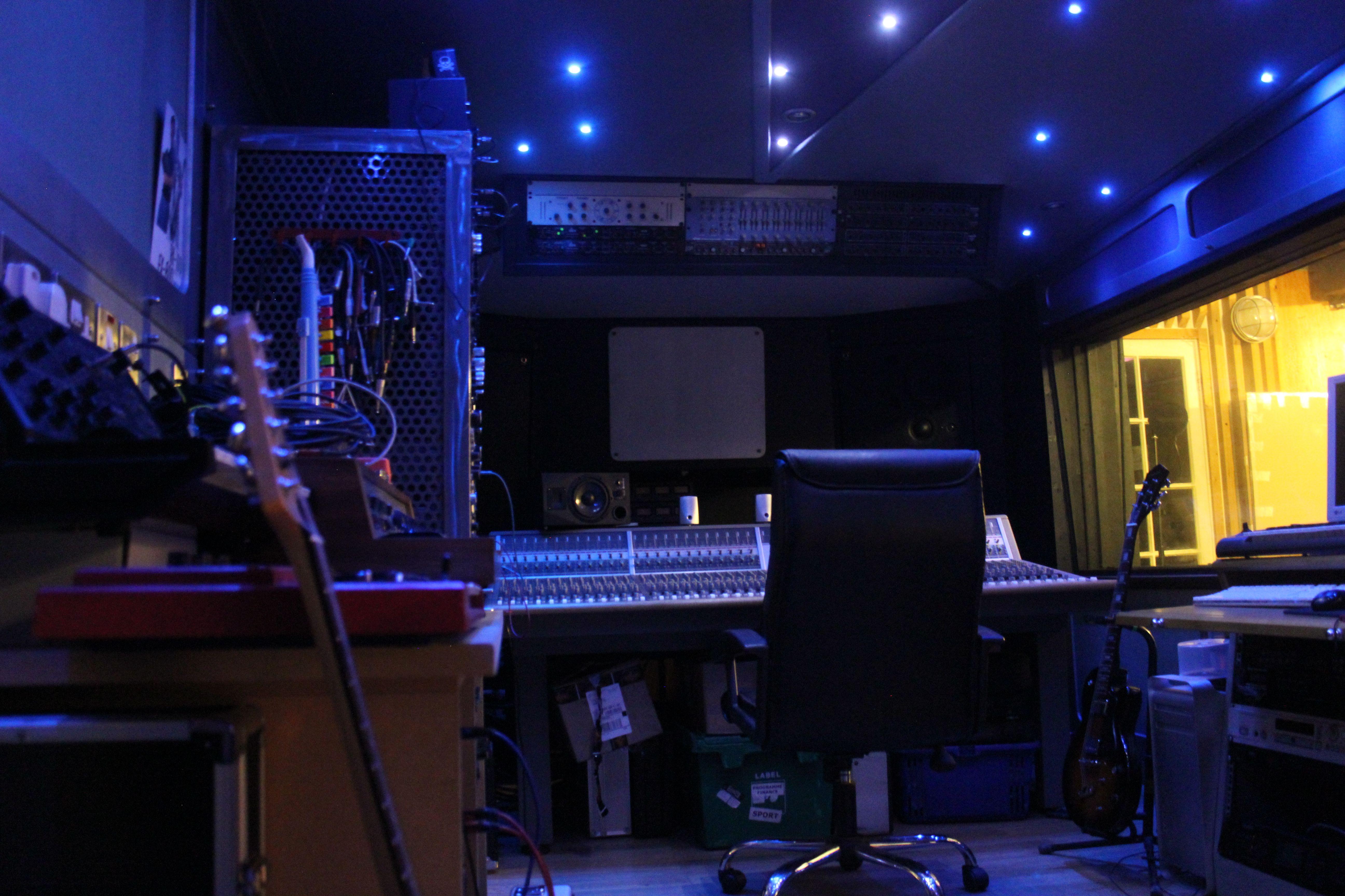 Used Studio Lighting
